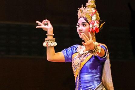 Apsara Traditional Khmer Dancing