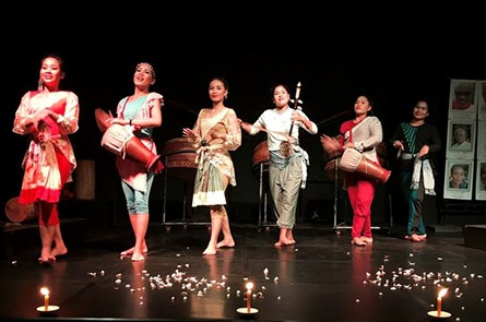 Bambu Stage Dancing Show