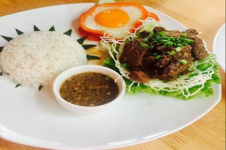Beef Lok Lak With Rice