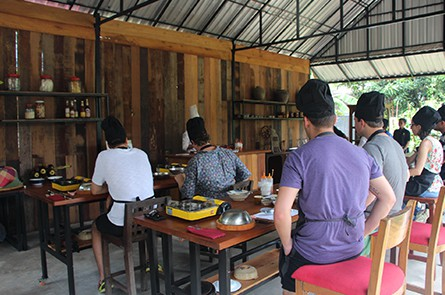 Guest Studing Cooking Class