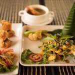 Queen Cuisine Restaurant Amok Sping Rolls
