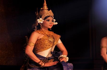Apsara Sitting