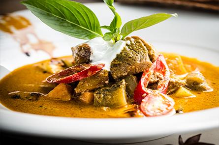 Food Duck Curry Credit Regis Binard